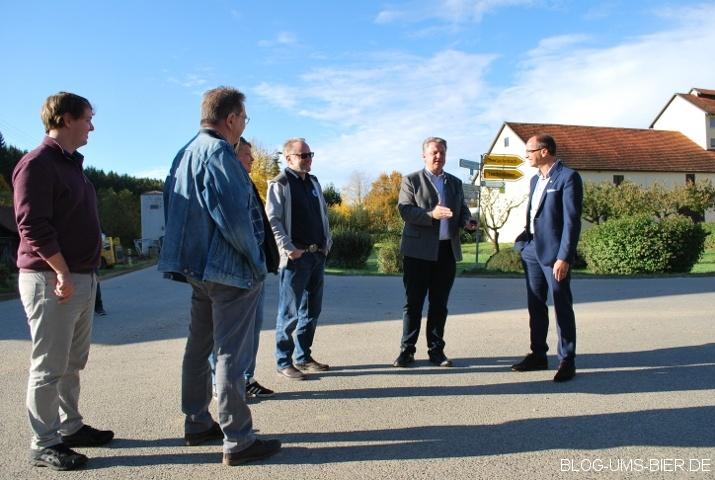 2. von rechts: Wolnzacher Bürgermeister Jens Machold